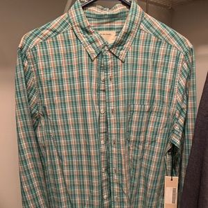 Long sleeve men's shirt